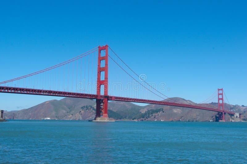 San Francisco ` s wereldberoemd golden gate bridge stock afbeelding