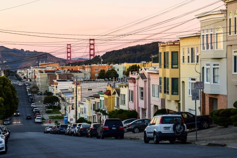 San Francisco Sunset met Golden gate bridge stock foto
