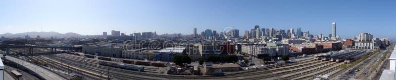 San Francisco Trainyard y calle del rey imagenes de archivo
