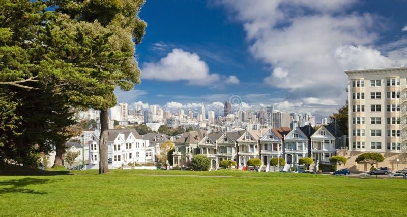 SAN FRANCISCO USA - målad damtoalett royaltyfria bilder