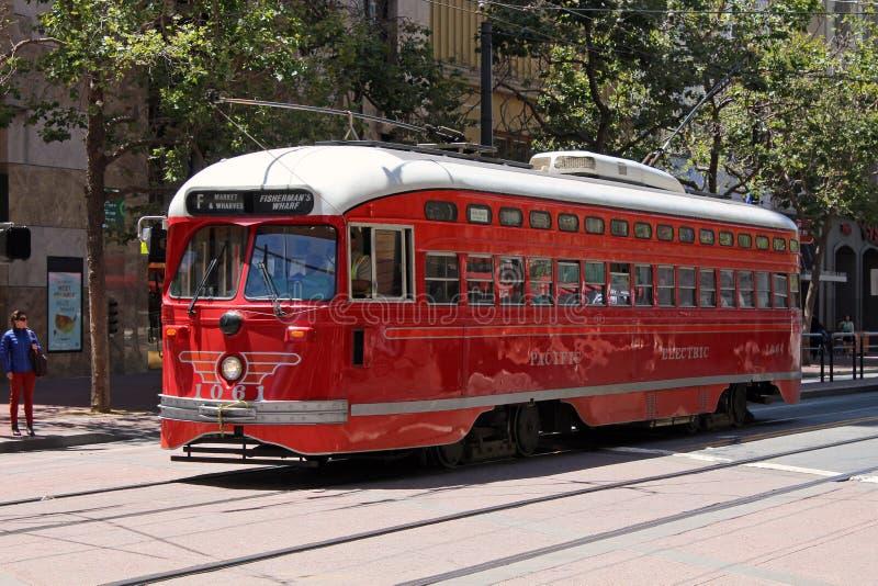 San Francisco - voitures de rue de F-Line photos libres de droits