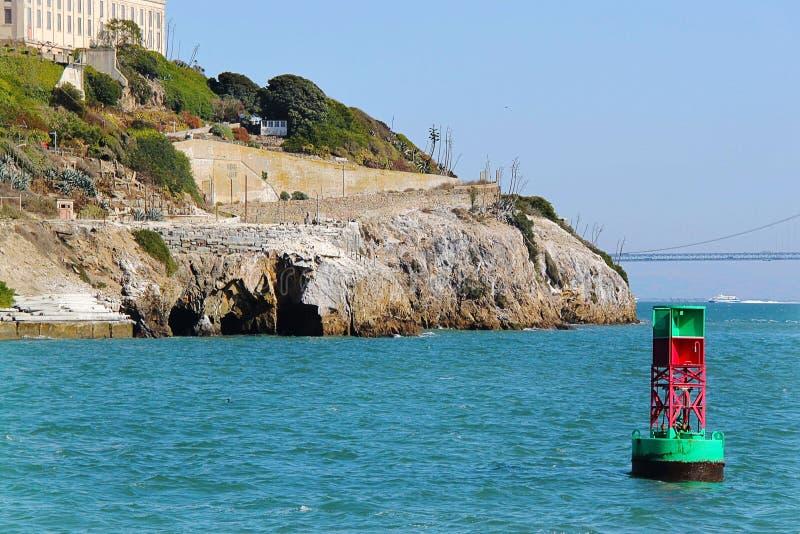 San francisco Widok na Więźniarskim Alcatraz Alcatraz wyspy tło obraz royalty free