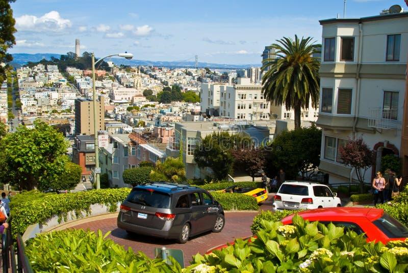 San Franciscolombard-Straße lizenzfreie stockbilder