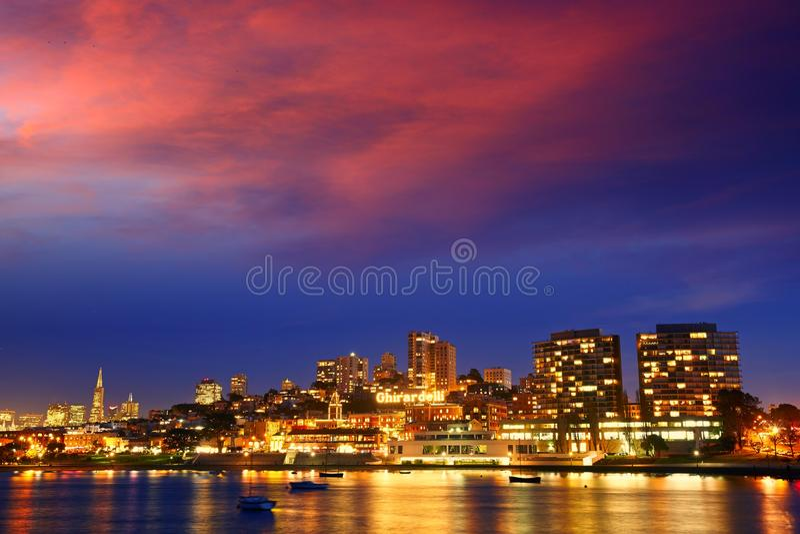 San Fransisco przy noc widokiem zdjęcia royalty free
