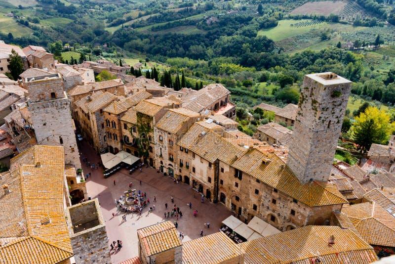 San Gimignano é uma cidade medieval em Toscânia imagens de stock royalty free