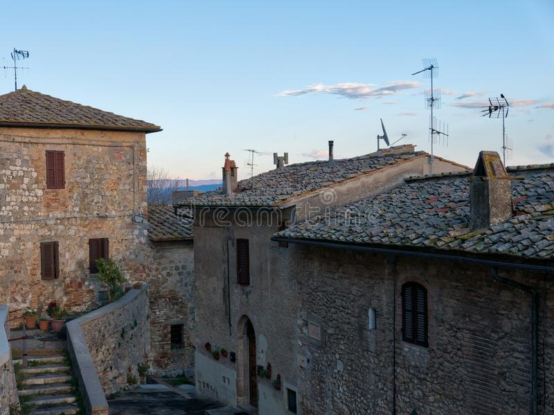 San Gimignano одно из самого иконического и самого узнаваемого destina стоковые изображения rf