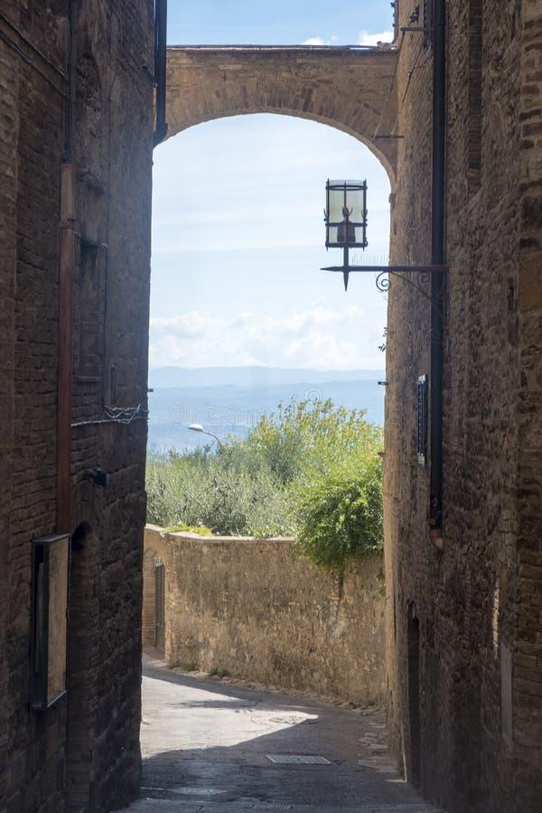 San Gimignano, Siena, na manhã imagens de stock