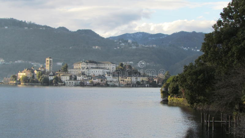 San Giulio wyspa - Orta jezioro fotografia royalty free