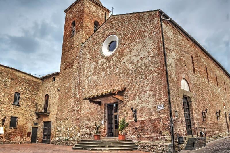 San Iacopo e Filippo kyrka royaltyfri fotografi