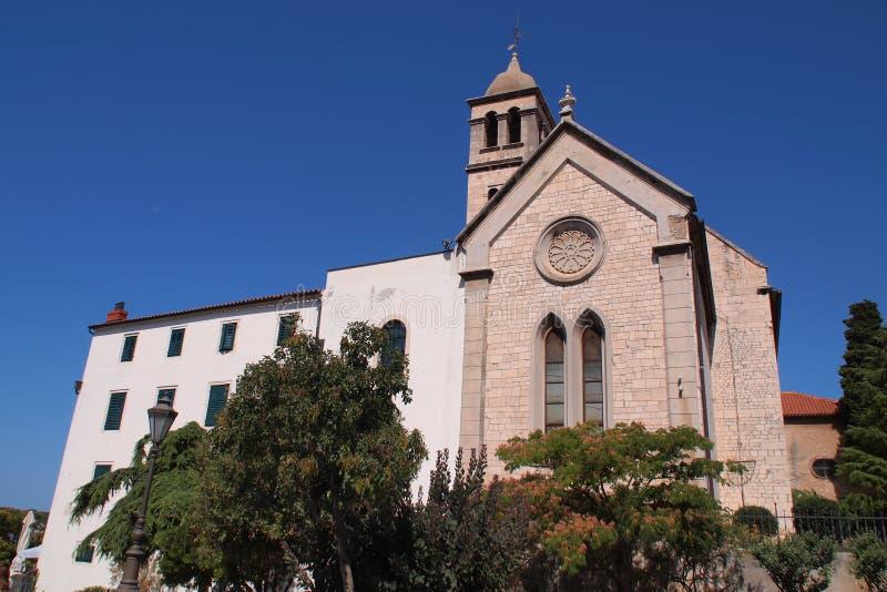 San Jaime - una catedral católica de piedra blanca única del siglo XV. fotografía de archivo libre de regalías