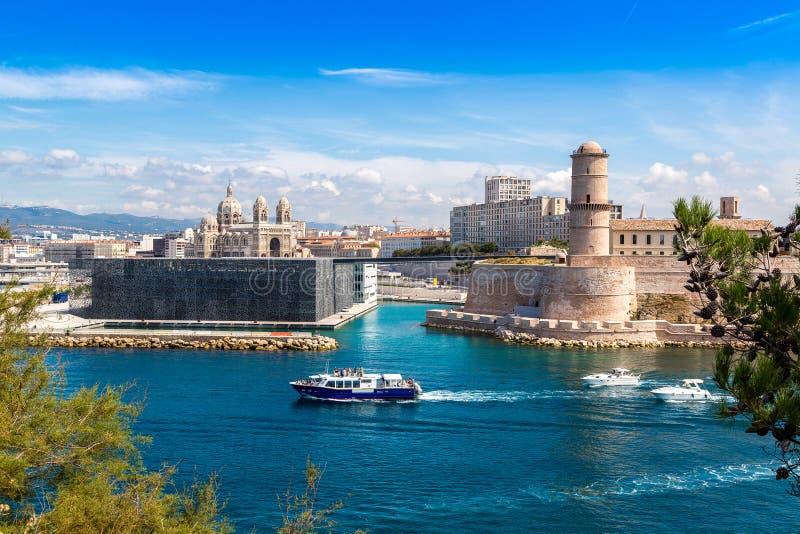San Jean Castle e Cathedral de la Major a Marsiglia immagine stock libera da diritti