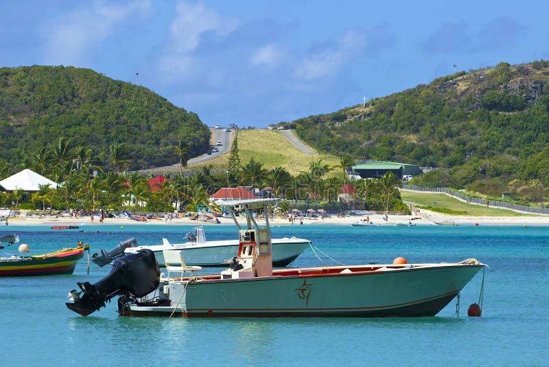 San Jean strand och flygplats i St Barths som är karibisk arkivfoton