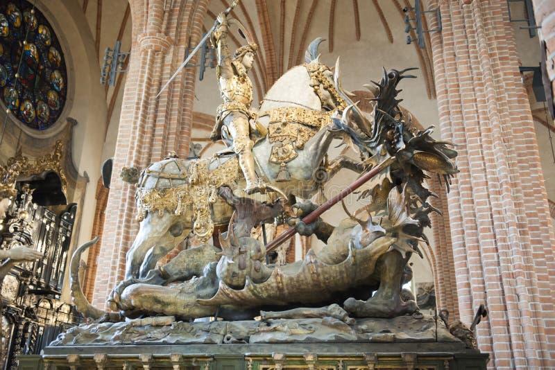 San Jorge y el dragón, catedral de Storkyrkan, Estocolmo fotografía de archivo libre de regalías