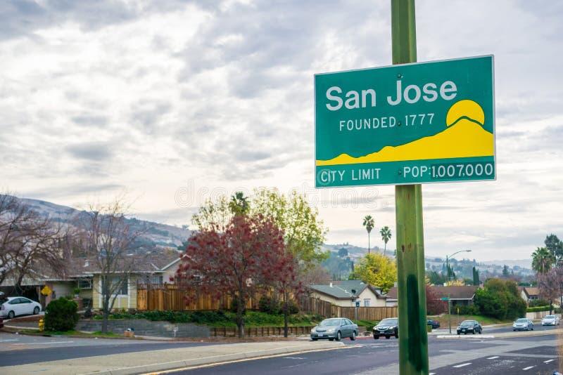 San José aggiornato, segno di limite di città di California immagini stock