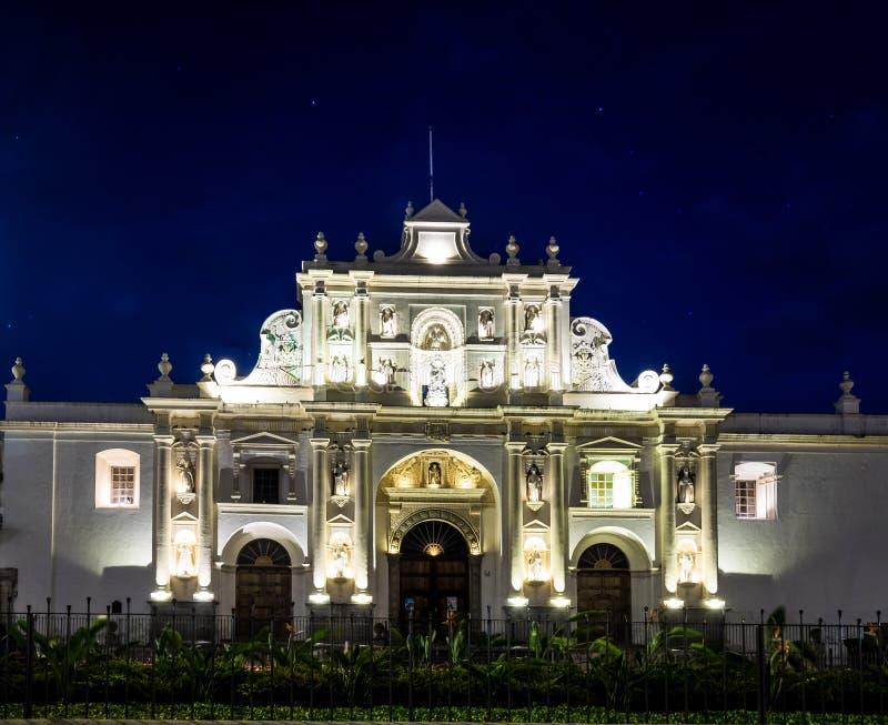 San Jose Cathedral na noite - Antígua, Guatemala imagens de stock royalty free