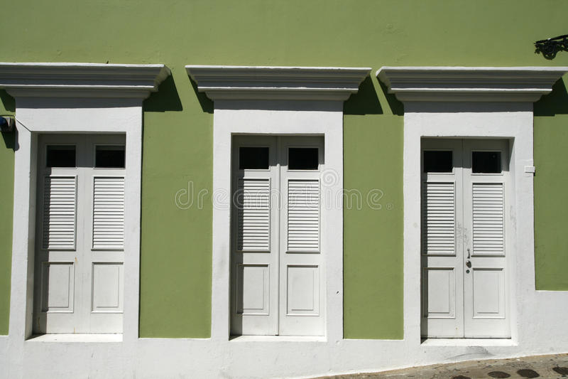 San Juan - 3 puertas en San Juan viejo foto de archivo