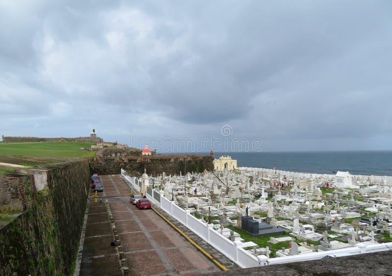 San Juan, Porto Rico - 1/25/18: Cimitero a vecchio San Juan, Porto Rico immagine stock libera da diritti