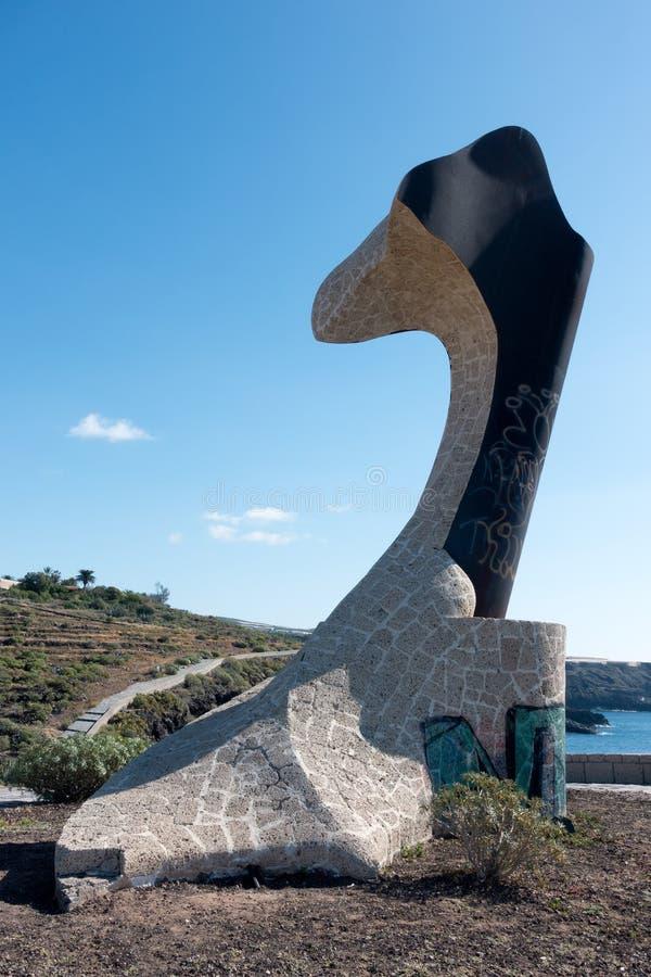 SAN JUAN, TENERIFE/SPAIN - 18 DE ENERO DE 2015: Sculptur de Alcaravan foto de archivo