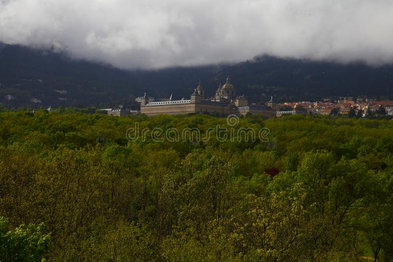 San Lorenzo del Escorial, Madrid, Espagne, le 7 mai 2019, vue de chaise de Felipe II photographie stock libre de droits