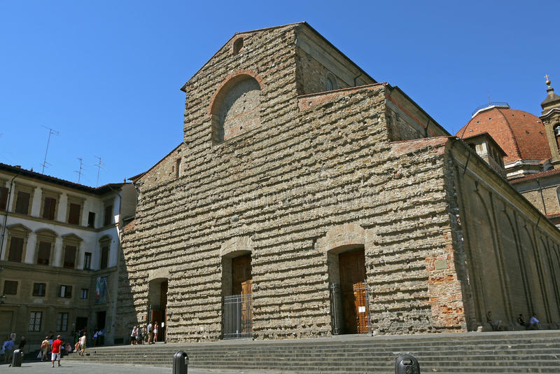 San Lorenzo kyrka i Florence, Italien arkivfoton