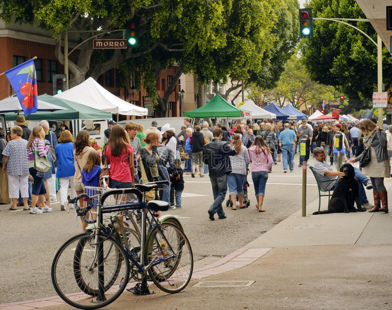 San Luis Obispo Farmer's Market, California. The San Luis Obispo Farmer's Market, in central California, comes alive every Thursday evening, drawing residents stock photo