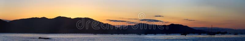 San- Luis Obisposchacht-Sonnenaufgang-Panorama stockbilder