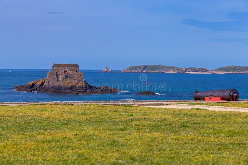 San Malo Fortificazione sull'isola immagine stock