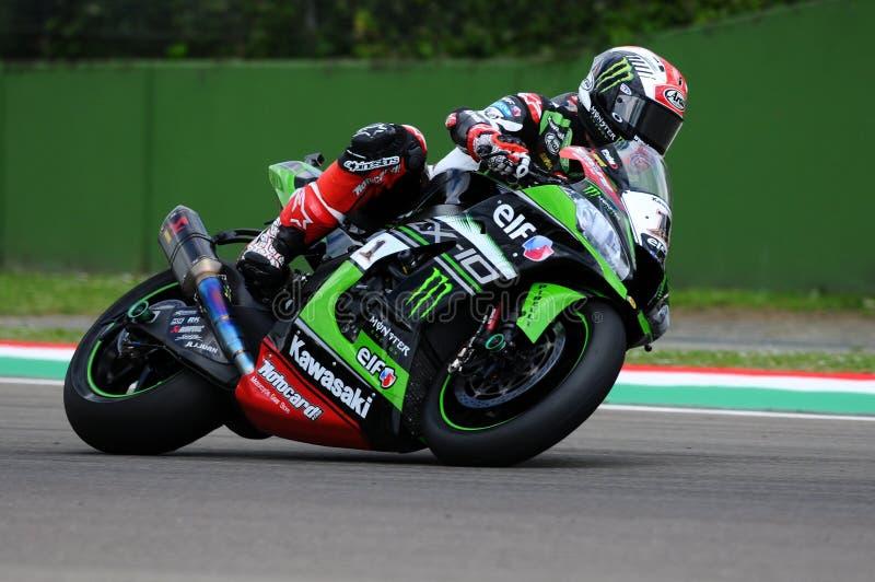 San Marino Italien - Maj 12: Jonathan Rea av Storbritannien Kawasaki Racing Team rider under qualifyng av WSBK på Imola royaltyfri foto