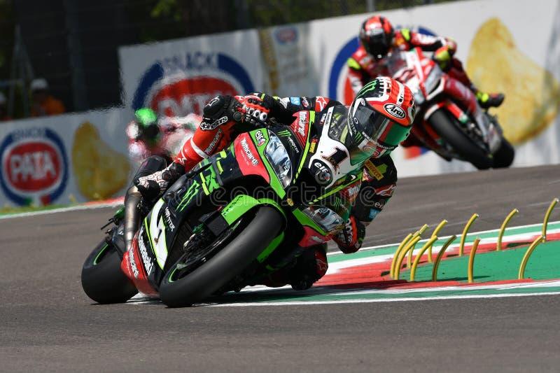 San Marino Italy - 11 maggio 2018: Jonathan Rea GBR Kawasaki ZX-10RR Kawasaki Racing Team, nell'azione durante il Superbike che s fotografia stock