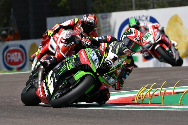San Marino Italy - 11 maggio 2018: Jonathan Rea GBR Kawasaki ZX-10RR Kawasaki Racing Team, nell'azione durante il Superbike che s fotografia stock libera da diritti