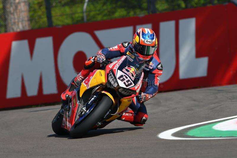 San Marino Italy - Maj 12: Lag för Nicky Hayden USA Honda CBR1000RR Honda världsSuperbike i handling royaltyfri fotografi
