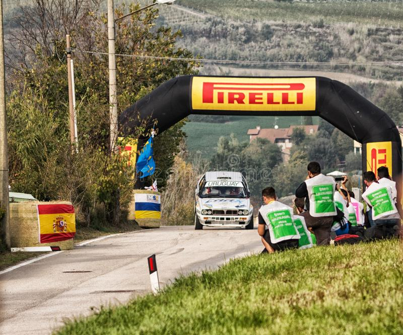https://thumbs.dreamstime.com/b/san-marino-ott-old-racing-car-rally-legend-famous-historical-race-lancia-delta-hf-wd-103353115.jpg