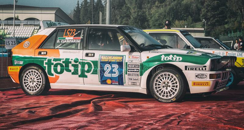 https://thumbs.dreamstime.com/b/san-marino-san-marino-ott-old-racing-car-rally-legend-famous-san-marino-historical-race-lancia-delta-hf-wd-old-racing-103425621.jpg