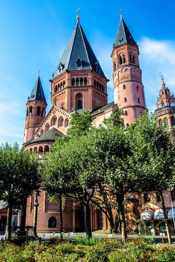 San Martín y x27; catedral de s en Maguncia, Alemania foto de archivo