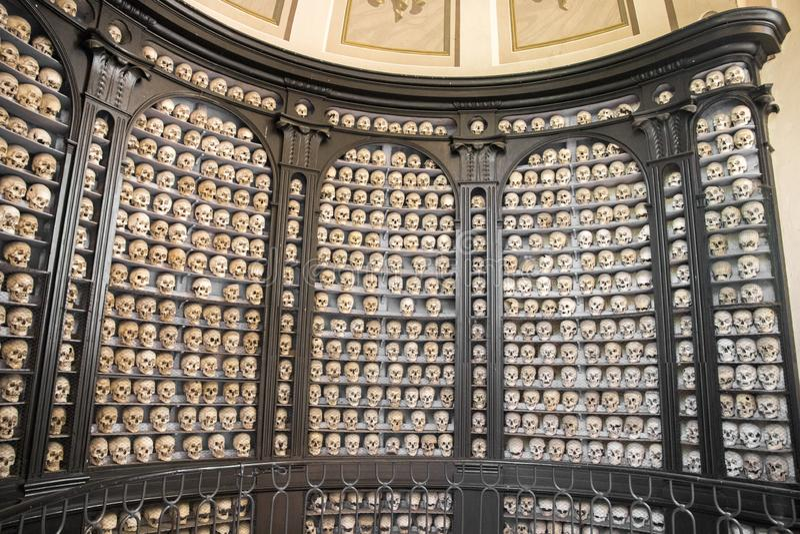 San Martino della Battaglia ossuary arkivbilder