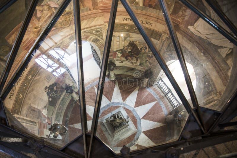 San Martino della Battaglia torn, Italien arkivbilder
