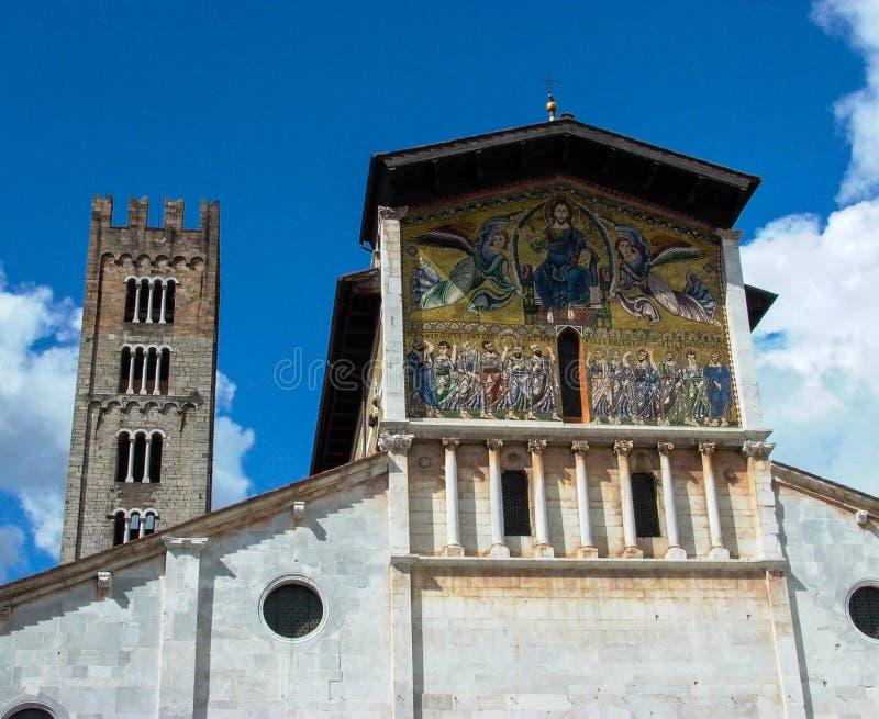 San Michel del Forno Lucca, mosaicos de Itália fotos de stock