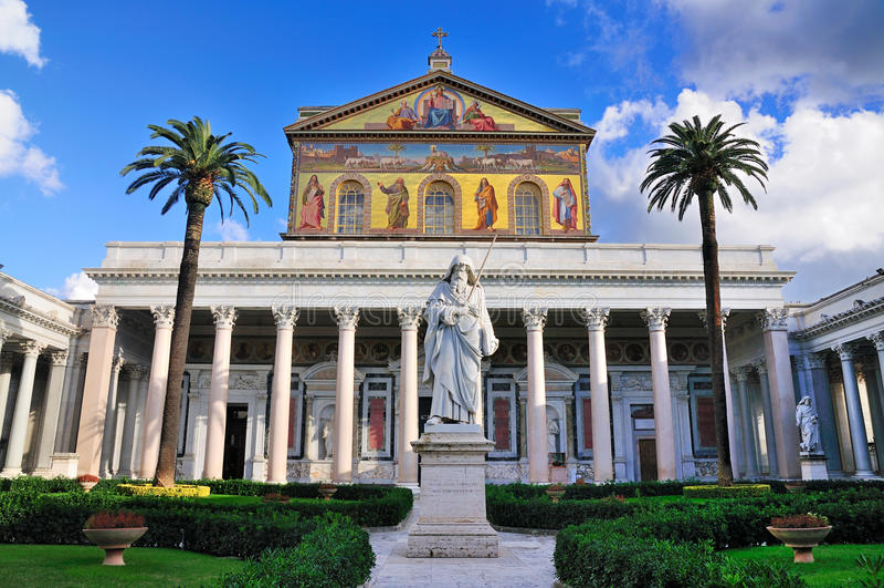 San Pablo fuera de las paredes imagen de archivo libre de regalías