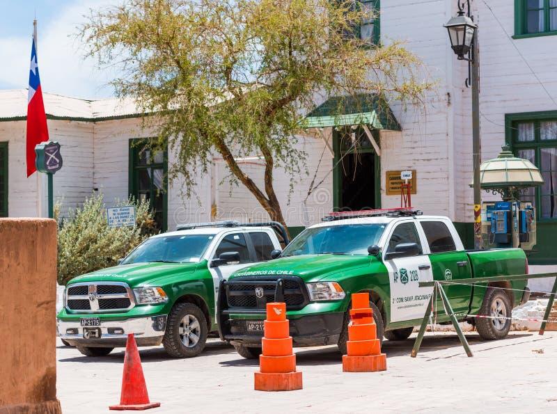 SAN PEDRO DE ATACAMA CHILE, STYCZEŃ, - 18, 2018: Widok samochody policyjni w centrum miasta zdjęcie stock