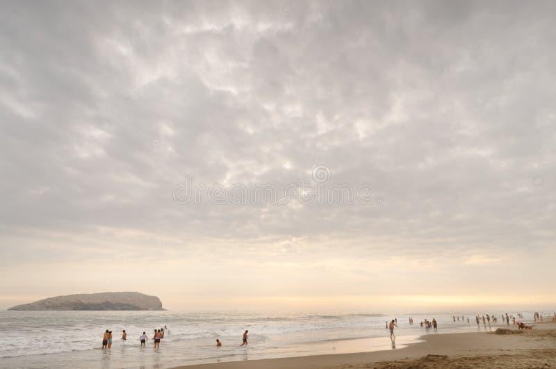 San Pedro, Lima, Peru: plażowy odbicie fotografia stock