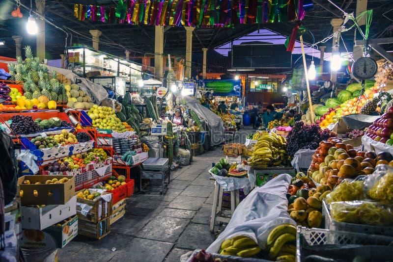 San Pedro Market/Cusco/Peru/07-14-2017 royalty-vrije stock foto