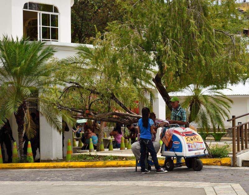 SAN Pedro Sula Ονδούρα Πωλητής παγωτού στοκ φωτογραφίες
