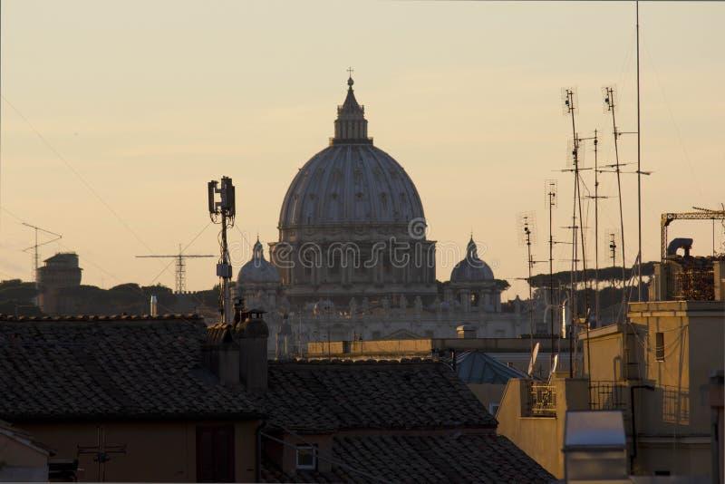 San Peter Dome dal quadrato di Quirinal fotografia stock libera da diritti