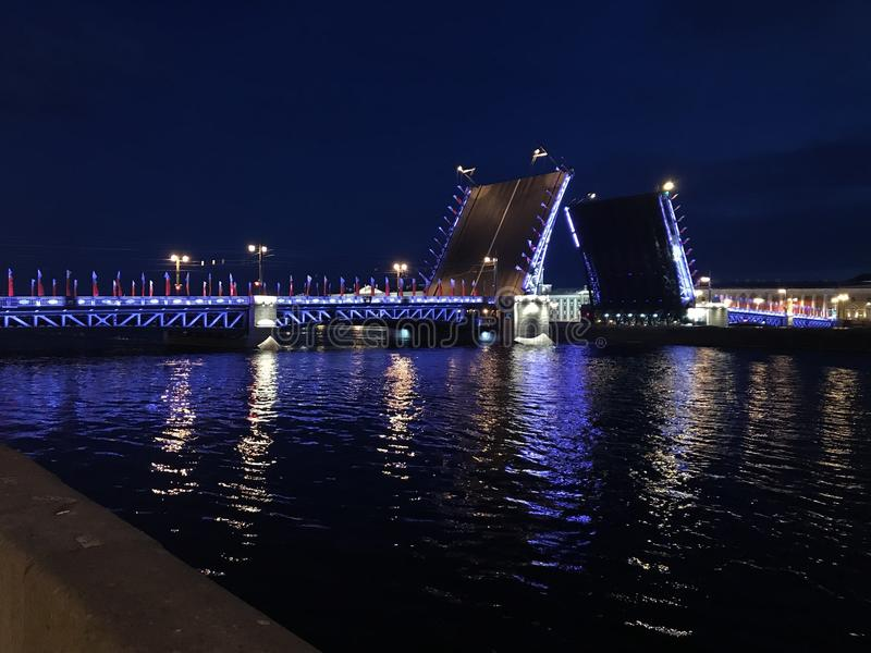 San-Peterburgs di notti fotografie stock libere da diritti