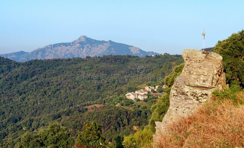 San Petrone szczyt w Corsica g?rze zdjęcie stock