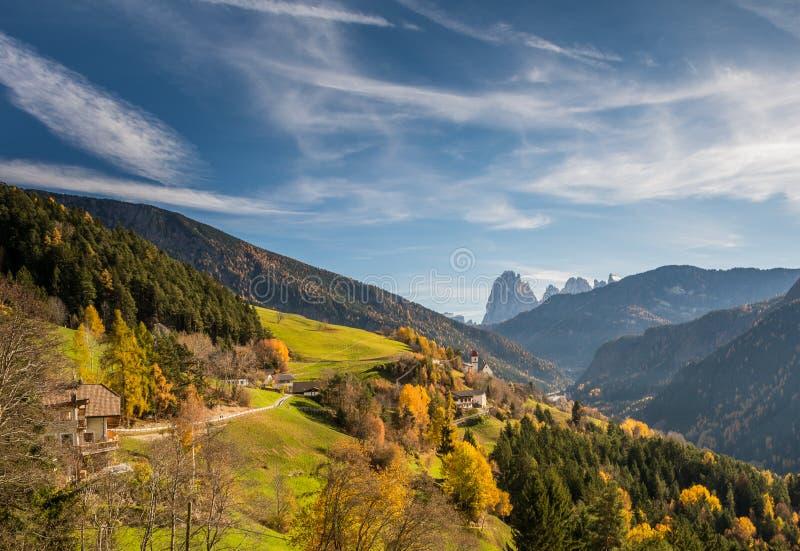 San Pietro di Laion, Bolzano, Itália foto de stock royalty free