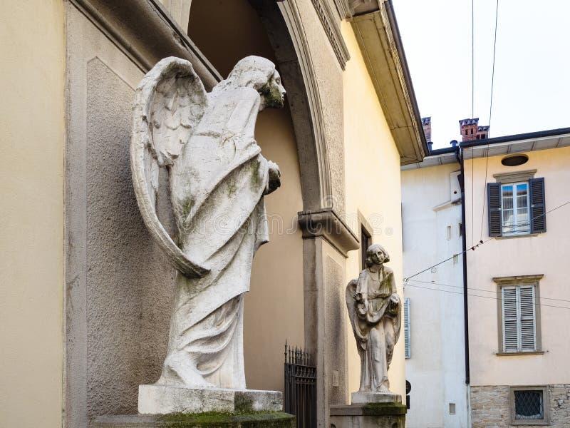 San Salvatore Church in de Hogere stad van Bergamo stock foto