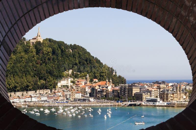 San Sebastian cityscape arkivfoton