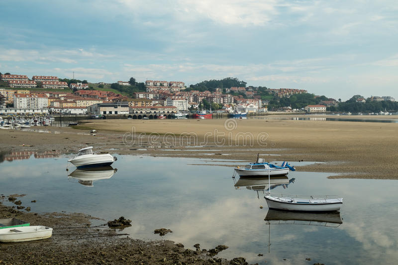 San Vicente de la Barquera imagen de archivo libre de regalías