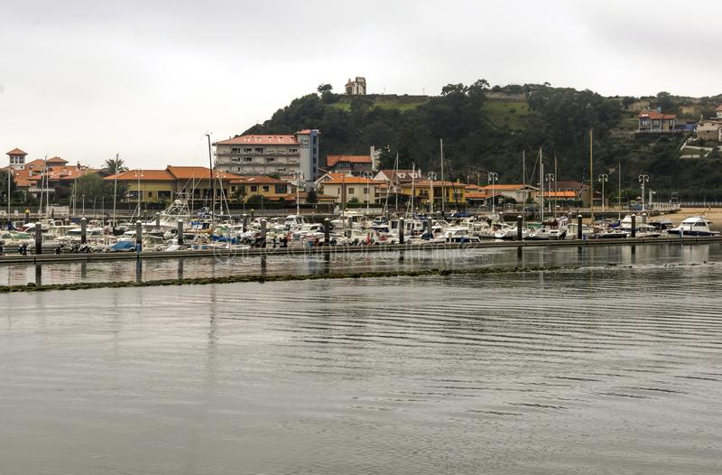 San Vicente de la Barquera foto de archivo